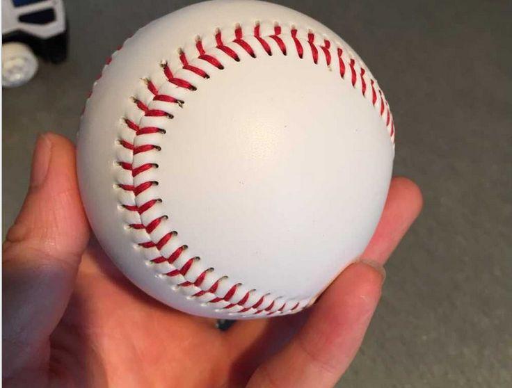 """9 """"חדש כדור הבסיס הלבן בייסבול עיסוק Trainning סופטבול PVC משלוח חינם 1 Piece/קשוח תפירת יד ספורט צוות משחק"""