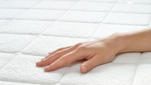 17 meilleures id es propos de nettoyer un matelas sur - Comment faire un matelas ...