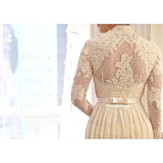 Detail... #fitting #weddingdress #lace #beads #handmade #bride #akadnikah #verakebaya ❤️