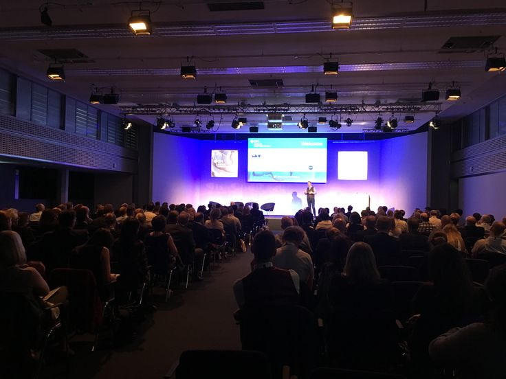 Listening to Heathrow Airport's Executive Procurement Director Ian Ballantine at CIPS (Chartered Institute of Procurement & Supply) Annual Conference in London - 20th October 2016