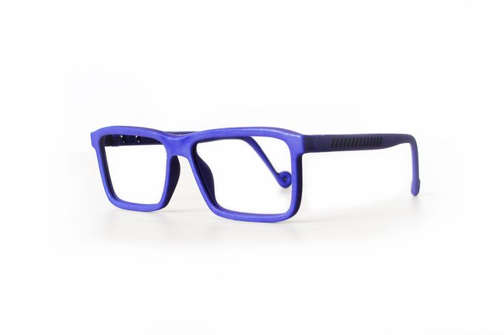 Stevie Doe, Blue. Kokosom eyewear.