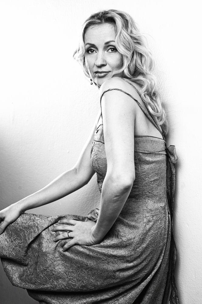 Actress Katariina Kaitue. Photo: Katja Lösönen, www.katjalosonen.com