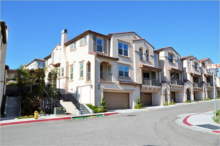 $694900 - Yorba Linda, CA Home For Sale - 18667 Championship Dr -- http://emailflyers.net/45977