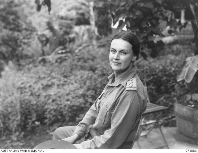 Captain Nora Heysen at a Casualty Clearing Station, at Finschhafen, New Guinea. As a War artist Nora met the man she would marry, during World War II.