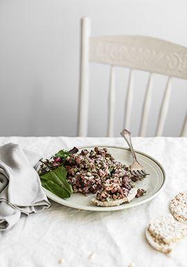 Tartare de canard, confiture de cerises & pancetta