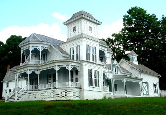 Beautiful old victorian mansion future homes for Beautiful classic houses