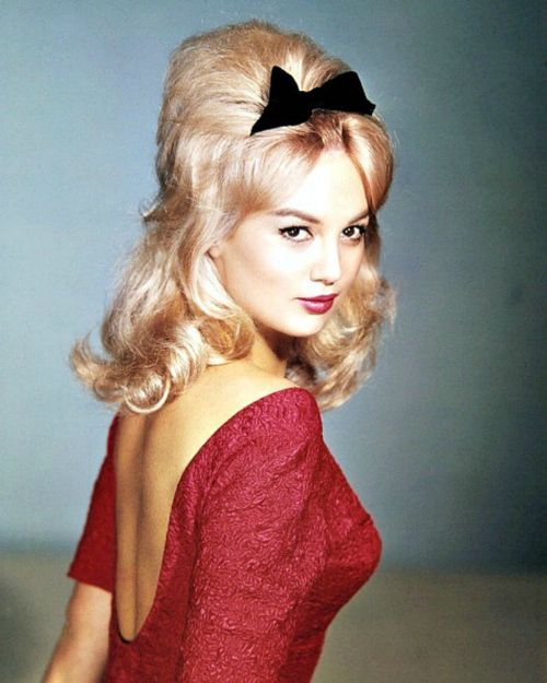 105 best Styling: Bouffant images on Pinterest | Hair dos ...