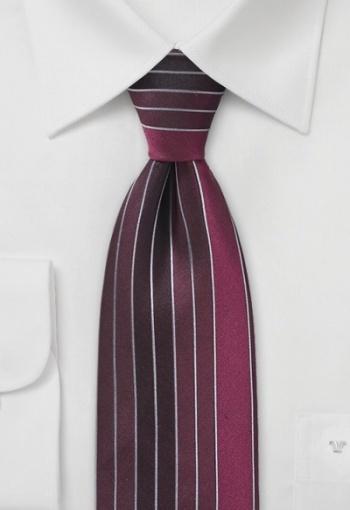 Interessante cravatta a righe - #cravatta #cravatte #ties