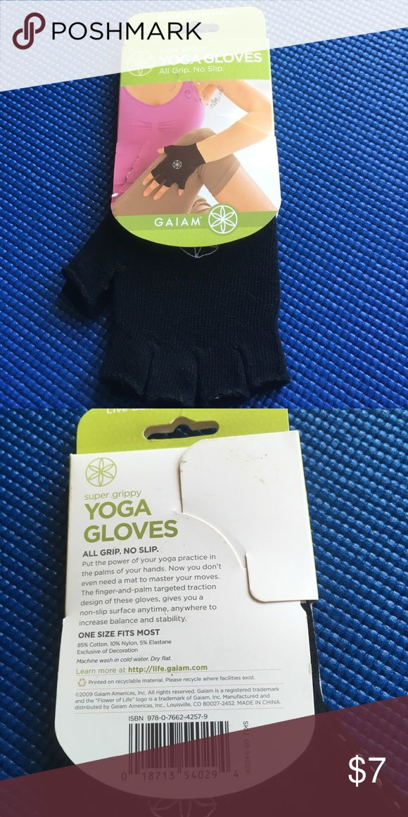Gaiam Yoga Gloves Black Gaiam Accessories Gloves & Mittens