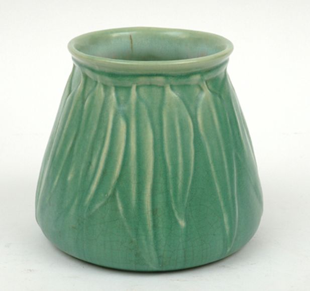Mel-rose Ware, Victoria,… - Specialist Collector Auction Series – Featuring Mid Century Australian Art Pottery and Ceramics - Leonard Joel P...