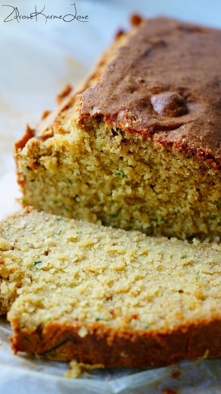 Zdrove KarmeLove: Bezglutenowy chlebek cukiniowo-bananowy, bez mąki, nabiału i cukru.
