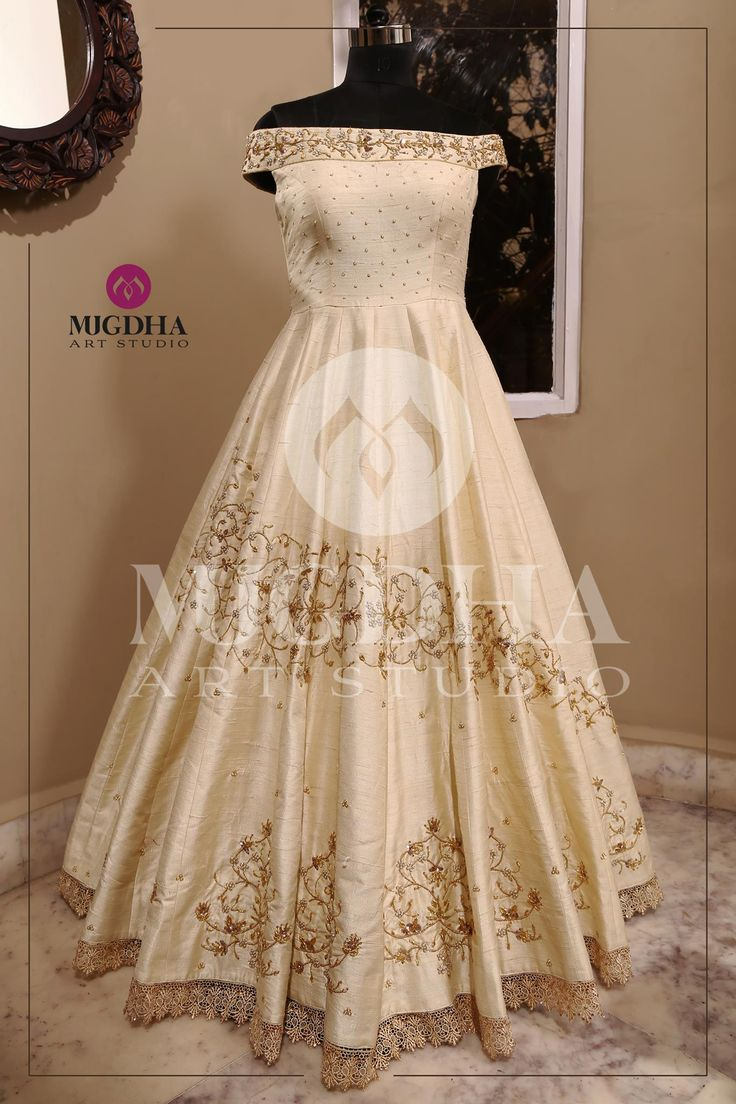 Stylish long gown with creative design and hand made embroidery from the house of Mugdha Art Studio. They can customize the color and size as per your requirement. Product code : MA 118To Order :whatsapp +91 8142029190/ 9010906544 . 03 November 2017