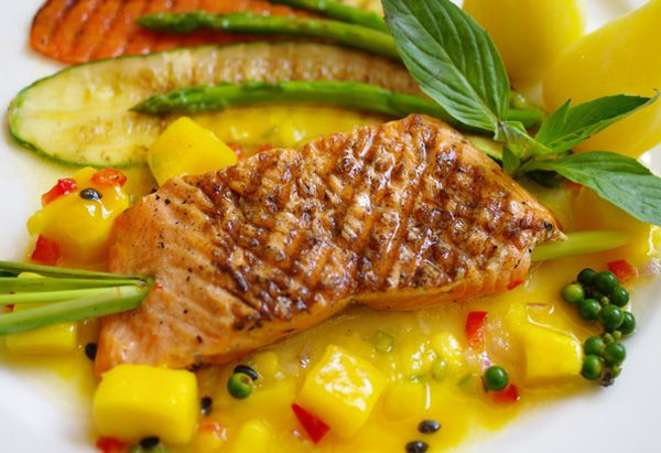 Salmon with Mano Sals: Cooking Maine Dishes, Mango Salsa Recipes, Cooking Salmon, Dinners Ideas, Dinners Seafood, Mango Recipes, Fast Dinners, Lighter Menus, Summer Recipes