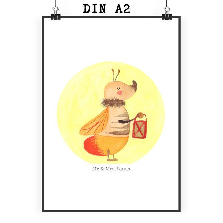 Poster DIN A2 Glühwürmchen aus Papier 160 Gramm  weiß - Das Original von Mr. & Mrs. Panda.  Jedes wunderschöne Motiv auf unseren Postern aus dem Hause Mr. & Mrs. Panda wird mit viel Liebe von Mrs. Panda handgezeichnet und entworfen.  Unsere Poster werden mit sehr hochwertigen Tinten gedruckt und sind 40 Jahre UV-Lichtbeständig und auch für Kinderzimmer absolut unbedenklich. Dein Poster wird sicher verpackt per Post geliefert.    Über unser Motiv Glühwürmchen  Es gibt nichts magischeres, als…