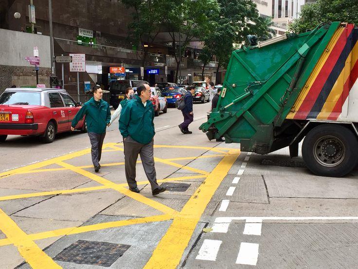 Bill ✔️ A rubbish compactor truck backing out onto Queens Road East, Hong Kong Island, Hong Kong 🇭🇰, China.    Bill Gibson-Patmore.  (iPhone image, curation & caption: @BillGP). Bill😄 🇳🇿✔️.