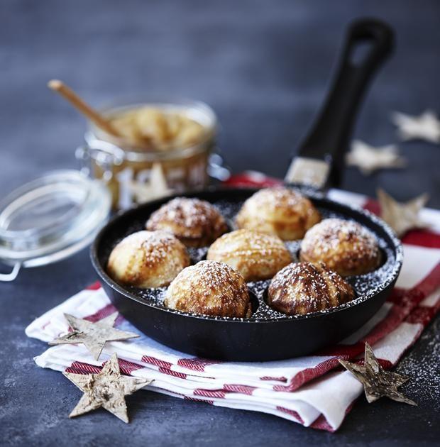 Hjemmelavede æbleskiver med marcipan | Magasinet Mad (recipe in Danish)