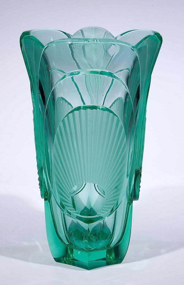 599: Vase Rudolf Hluosek Eisenbrod glass : Lot 599