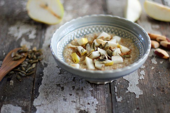 Warm, cozy, and delicoius gluten free Ancient Grains Pear Porridge | Nutrition Stripped