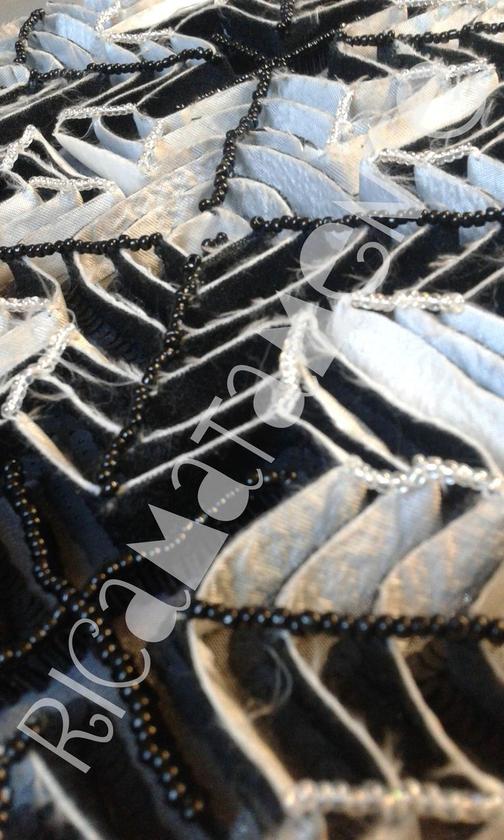 Black&White Labyrinth Fabric applications and beads