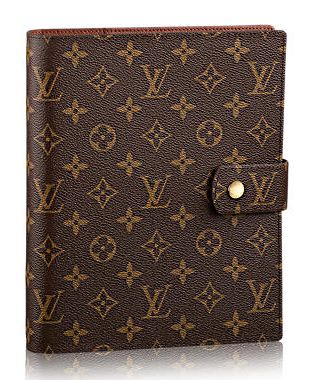 Louis Vuitton Large Ring Agenda cover. Just love - LOVE my agenda / planner, a new trend is coming to Europe, journaling and calendar in one