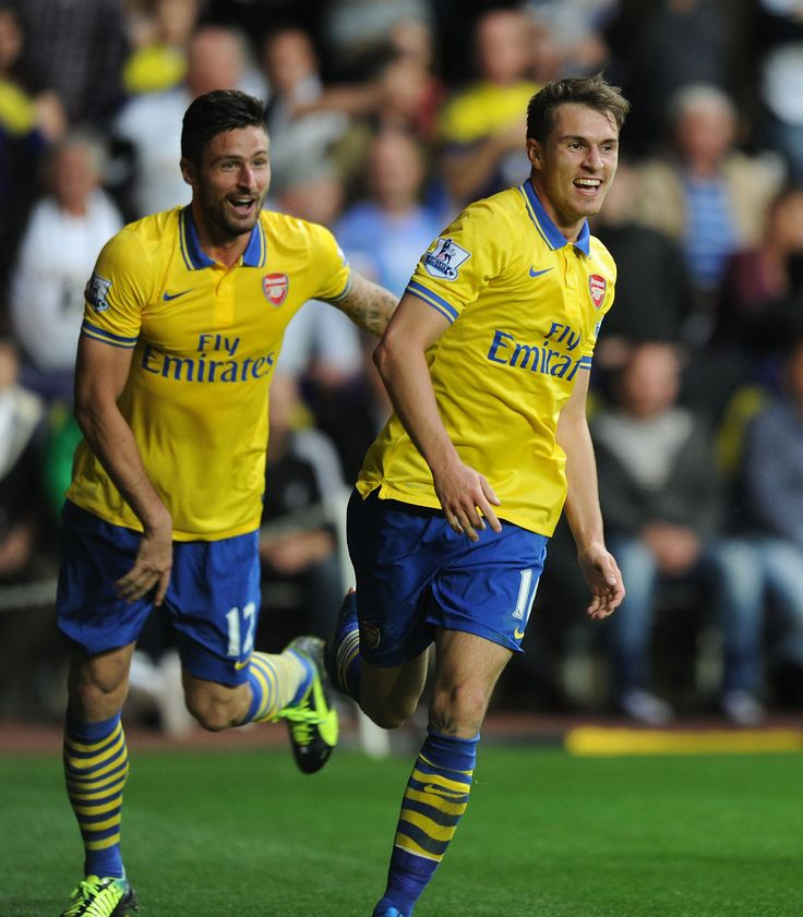 Olivier Giroud & Aaron James Ramsey