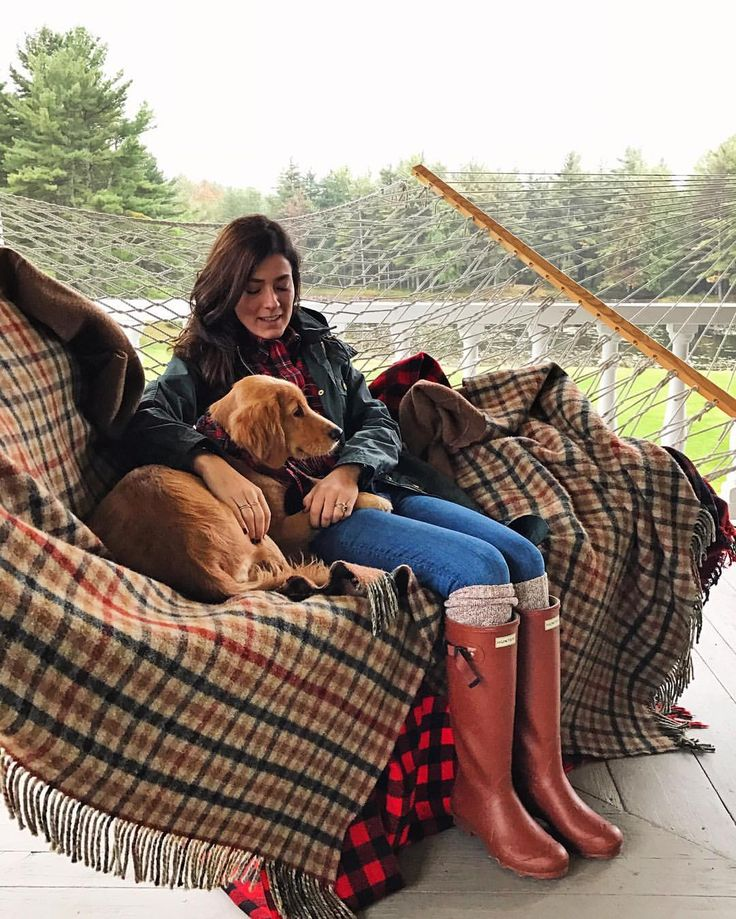 Red Hunter boots - preppy fall style - Sarah Vickers