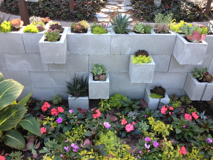 garden wall made from cement blocks for the house. Black Bedroom Furniture Sets. Home Design Ideas