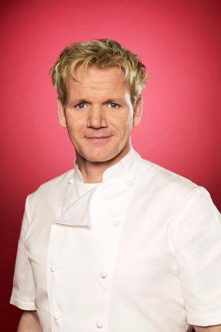 Gordon Ramsay. hot.13 Chefs, Chefs Competing, Chefs Gordon, Favorite Chefs, Chefs Ramsay, Kitchens Fashion, Gordon Ramsay Lov, Favorite Movie, Chefs Corner