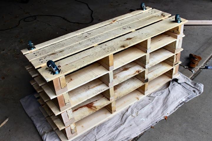 DIY Pallet Shoe Storage Bench ($32.13)   Between 3 SistersBetween 3 Sisters