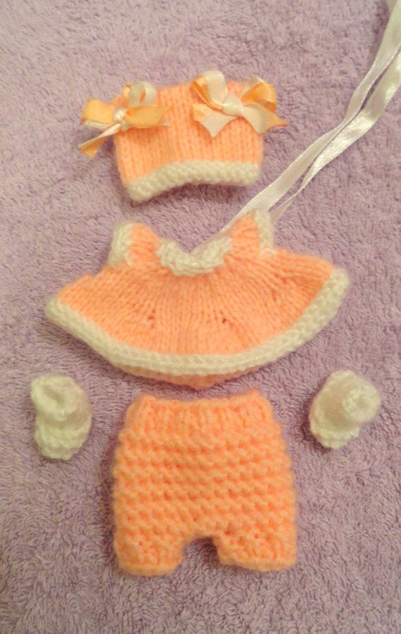 """Hand Knitted Dolls Clothes for 8""""  OOAK  Doll (# 13)"""