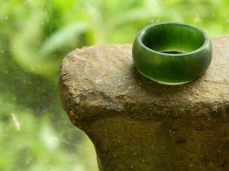 Pounamu wedding ring.  Carved by Aaron Brown #Pounamu #ring