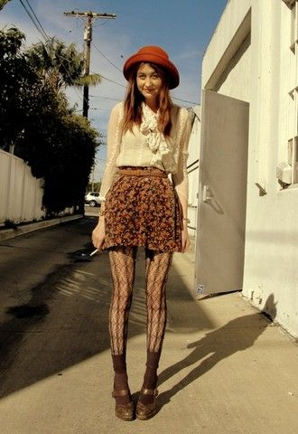 Hat, blouse, skirt, and tights #outfit