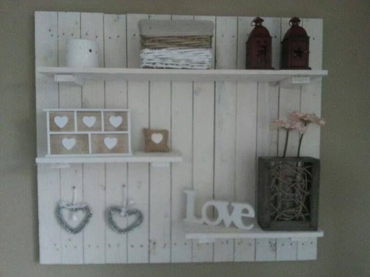 Pallethout wandbord steigerhout pinterest follow me - Decoratie van wc ...