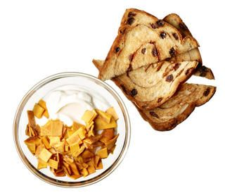 Tropical Yogurt with Cinnamon Toast http://www.rodalewellness.com/food/healthy-breakfast-recipes?slide=18