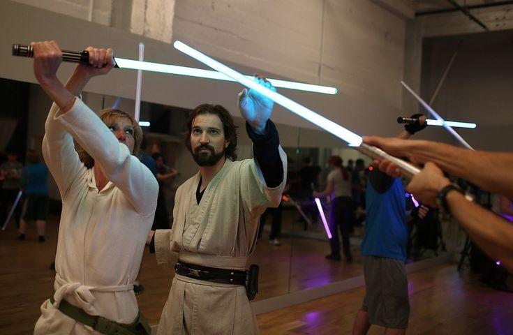 Ecole de sabre laser de San Franciso en image - http://www.2tout2rien.fr/ecole-de-sabre-laser-de-san-franciso-en-image/