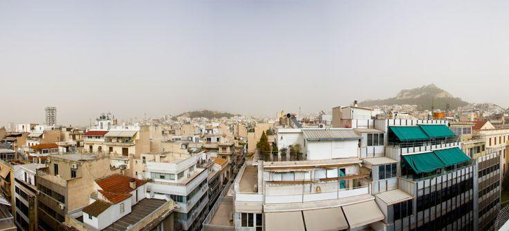 Σκονισμένη Αθήνα! Φωτογραφία από ταράτσα στα Εξάρχεια.http://www.inexarchia.gr/story/162/africa-unite