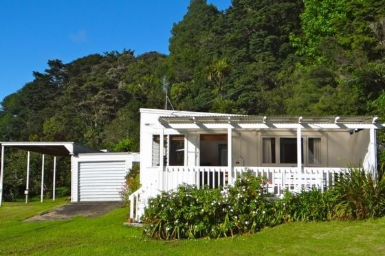 The Original Kiwi Bach - Campbells Beach Bach in Campbells Beach, Rodney District | Bookabach
