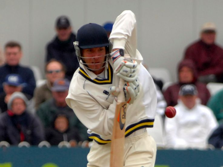 A former professional batsman turned investor tells us the lessons he took from sport to business - LONDON — Alex Loudon is one of a small handful of people to have achieved success in two very distinct spheres — sport and business.  Before starting a business career in mergers and acquisitions with brewing giant SAB Miller, Loudon was a successful pro-cricketer, playing at county level for Warwickshire and in one game for England.  Now, aged 36, Loudon has just launched anew investment…