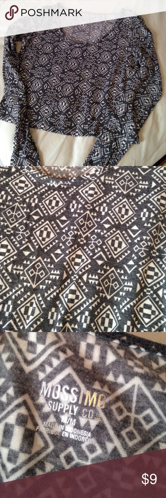 Crop top Long sleeve Aztec crop top. Never been worn! Mossimo Supply Co Tops Crop Tops
