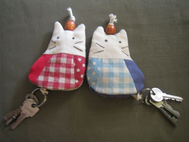 Sewing keychain holder patterns | Just love sewing: Cat couple key chain holders