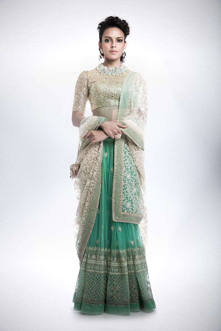 Chaniya, Ghagra, Lehenga Cholis by Swati Manish