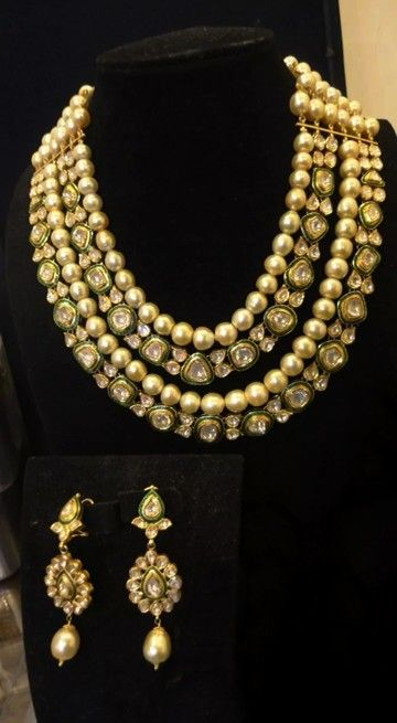 Uncut diamond and pearls bridal jewellery. Kundan/polki
