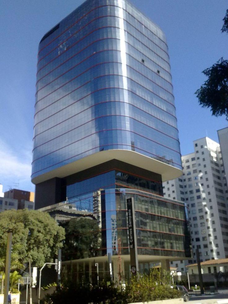 av Paulista, Trianon e Masp num domingo de sol - SkyscraperCity
