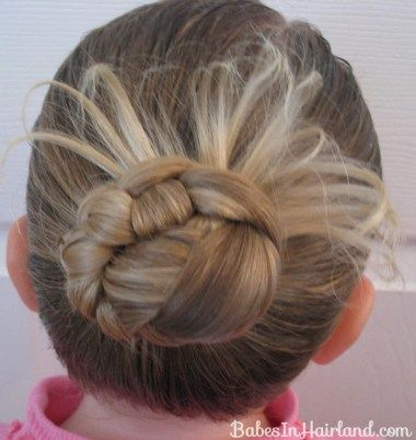 Try This Easy Bun With A Turkey Tail For A Cute Thanksgiving Hairstyle Add A Few Real Feathers To M Hair Styles Halloween Hair Braided Hairstyles For School