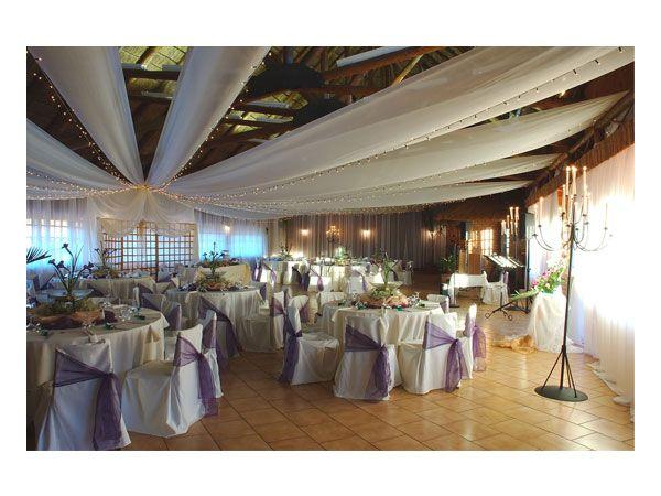 decoracion de bodas con tela en el cieloraso del salon de bodas