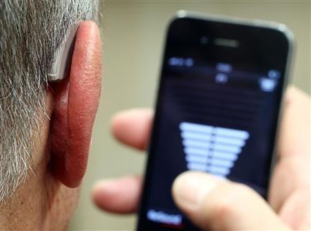 Apple vuole accelerare la diffusione di apparecchi acustici per iPhone