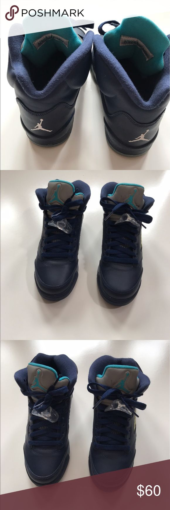 Kids Jordan's Navy blue like new excellent condition. No stains, no wrinkles or creases in toe area. Air Jordan Shoes Sneakers