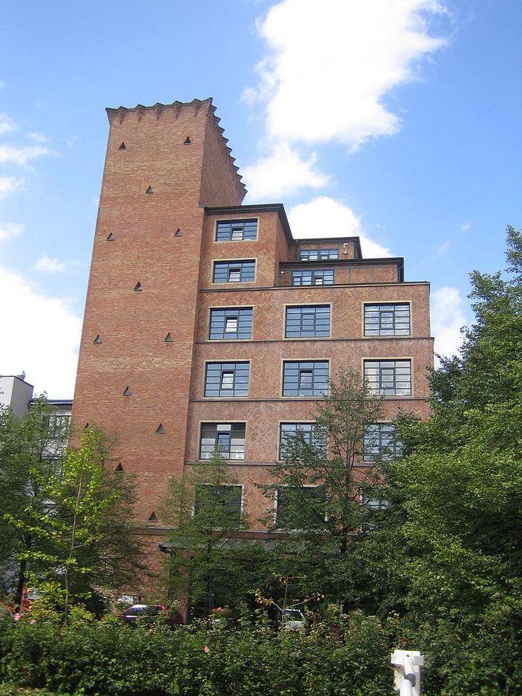 Mousonturm Frankfurt - Expressionismus (Architektur) – Wikipedia