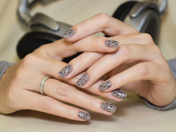 лак для ногтей, ногти, свотчи, swatch, серый лак, топ, глиттер