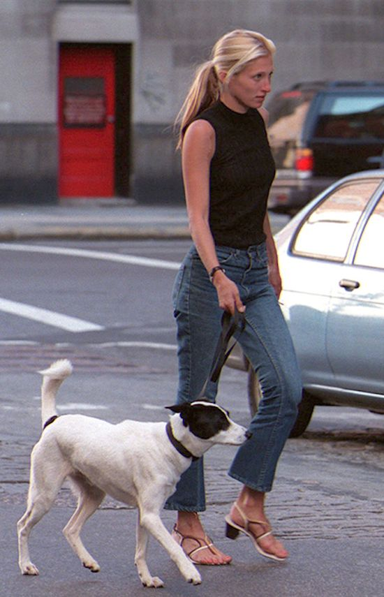 always CHIC...Carolyn Bessette Kennedy...http://anoteonstyle.com/always-chic/